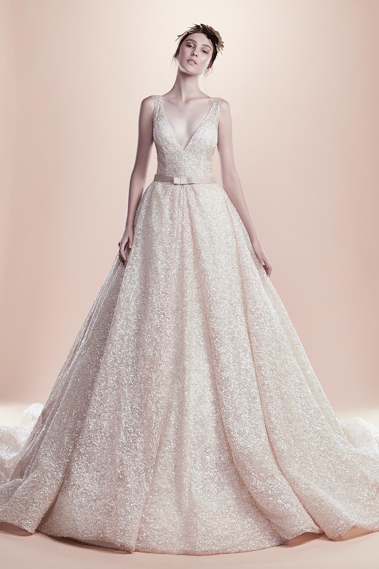 5493e5561 محلات فساتين الزفاف في شارع الوصل في دبي   موقع العروس