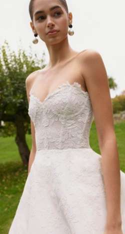Carolina Herrera Fall 2021 Wedding Dress Collection