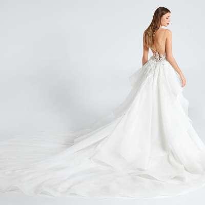 مجموعة فساتين زفاف إينيس دي سانتو لخريف وشتاء عام 2021