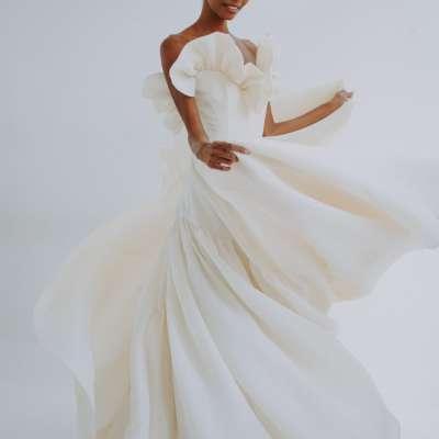 مجموعة فساتين زفاف ليان مارشال لخريف وشتاء 2021