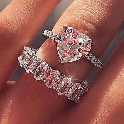 Heart Shaped Rings for Your Wedding Day Proposal
