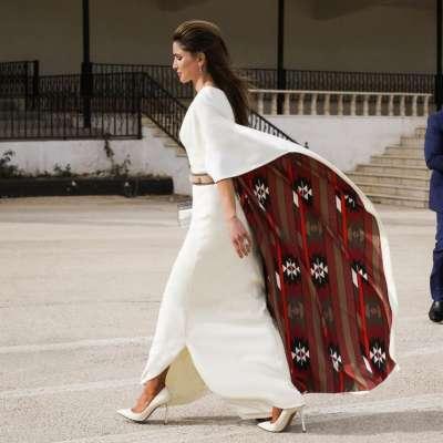 فساتين كتب كتاب مستوحاة من إطلالات الملكة الأردنية رانيا العبدالله