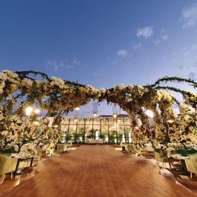 حفل زفاف بثيم حديقة النعيم في قطر