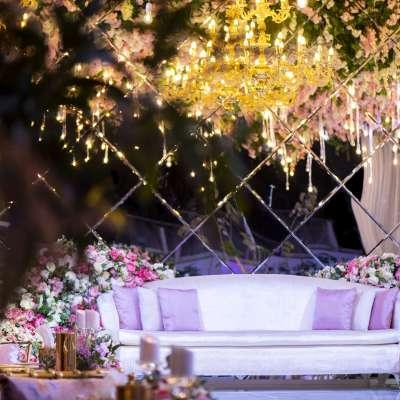 حفل زفاف من وحي الأزهار المتفتحة في قطر