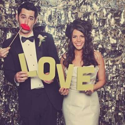 The Advantages of Having a Photo Booth at Weddings