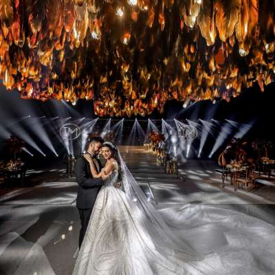 A Glamorous Golden Wedding