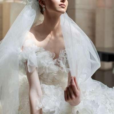 Elie Saab Spring 2022 Wedding Dress Collection