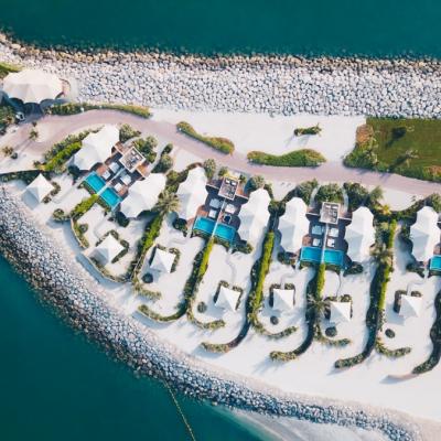 فندق ريتز كارلتون رأس الخيمة ، شاطئ الحمرا