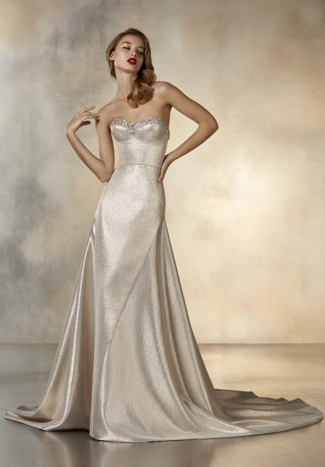 The New 2020 Atelier Pronovias Cruise Collection