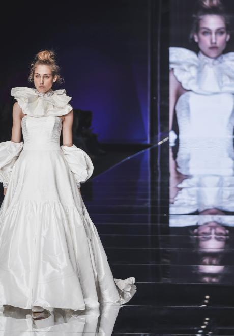 مجموعة فساتين زفاف اليزابيتا بولينانو لعام 2020