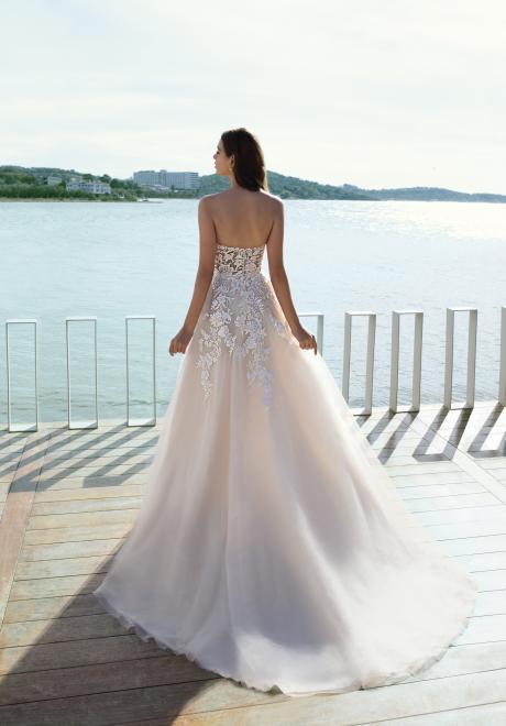 The 2020 Cosmobella Bridal Collection by Demetrios