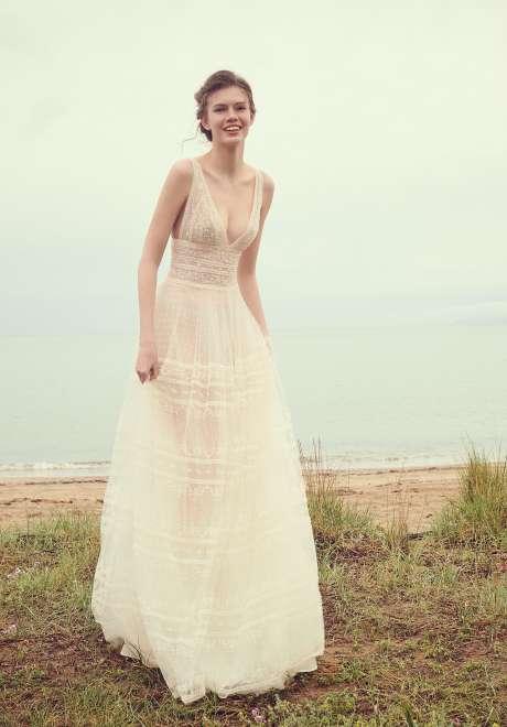 أجمل فساتين زفاف 2020 من كوستاريلوس