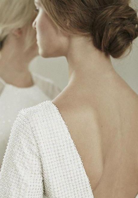 أفكار تسريحات شعر بسيطة للاعراس