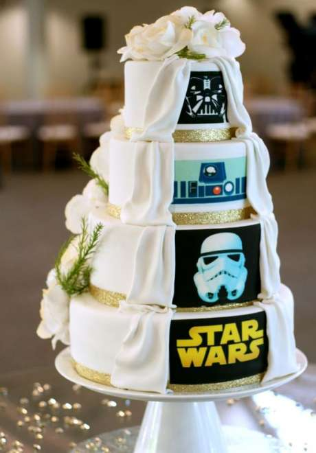 A Geeky Wedding for the Geeky Couple