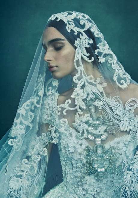 فساتين زفاف ريم عكرا 2022  3