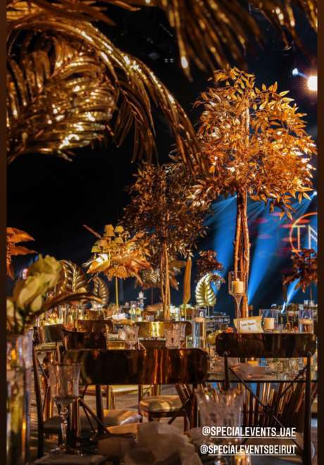 حفل زفاف ذهبي ساحر في الشارقة