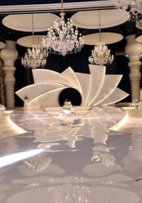 حفل زفاف بألوان الباستيل في الدوحة