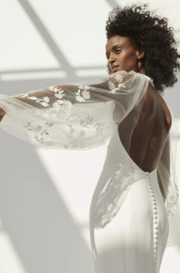 مجموعة فساتين زفاف أمسايل لخريف عام 2021