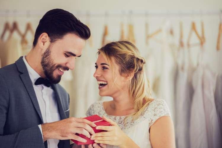 8 Wedding Gift Ideas