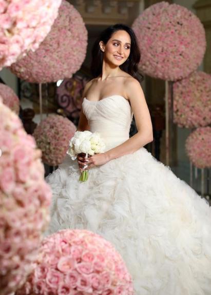 سيرينا الساحلي في حفل زفافها