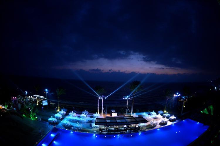 منتجع المحيط الأزرق - لبنان