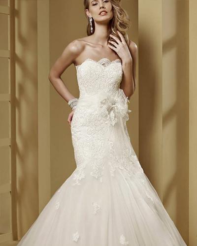 بلش بوتيك لفساتين الأعراس والسهرة - مصر