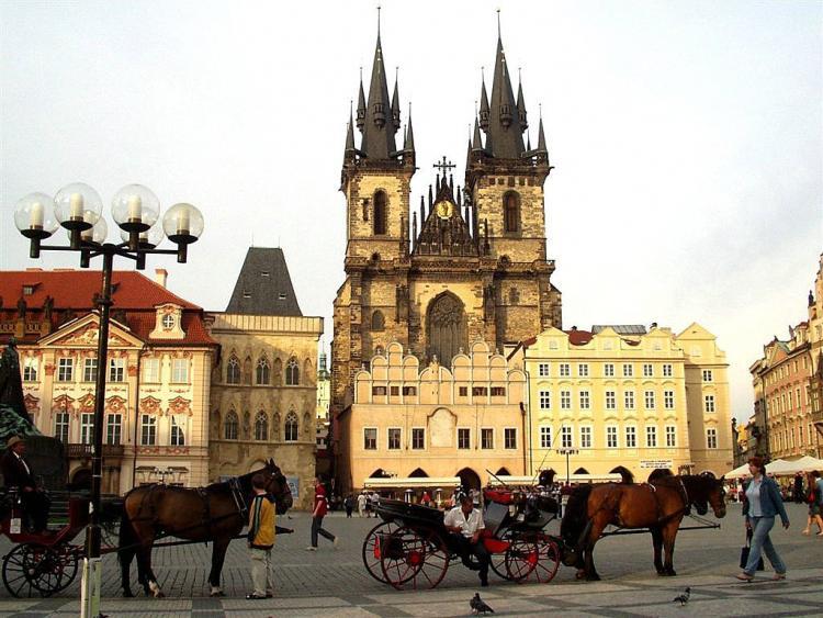 الأماكن التاريخية في براغ