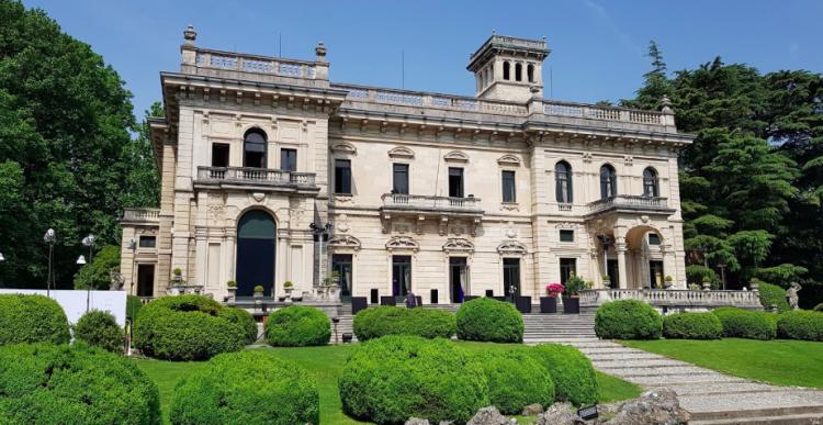 Villa Erba - a wonderful wedding venue in Lake Como